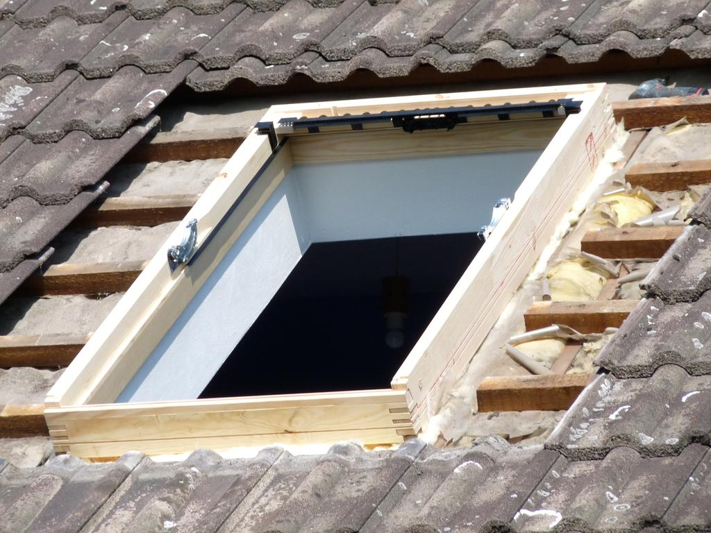 Velux villeneuve d 39 ascq fdt fen tre de toit for Installation fenetre de toit