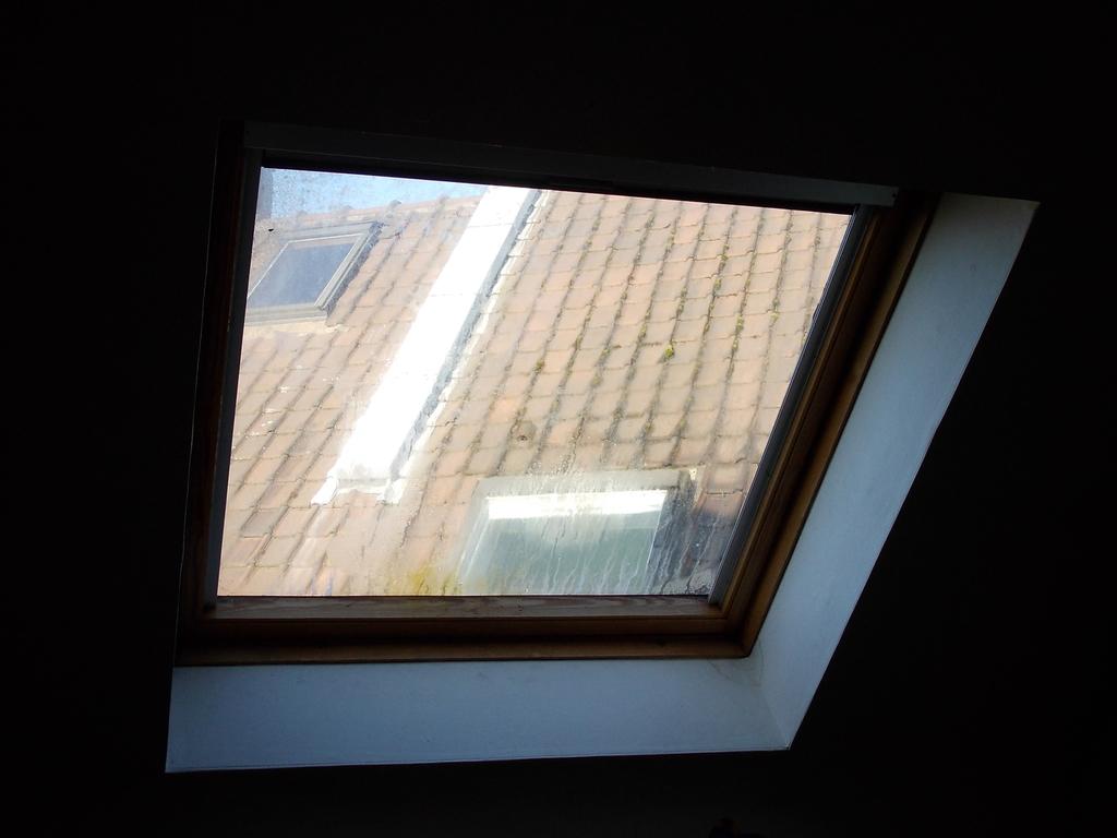Velux villeneuve d 39 ascq fdt fen tre de toit for Remplacement fenetre de toit