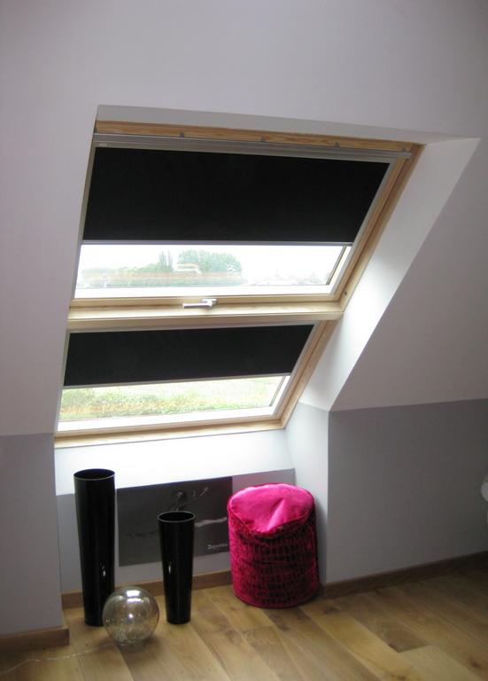 vitrage velux affordable fentre triple vitrage acoustique velux with vitrage velux trendy sos. Black Bedroom Furniture Sets. Home Design Ideas